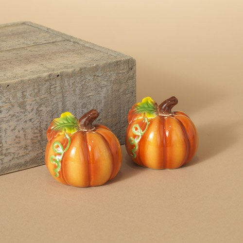 Pumpkin Salt & Pepper Shaker Set - Ceramic