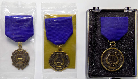 Packaging & Assembly Options for Academic Medals