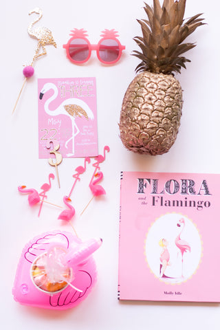 Flamingo themed party accessories