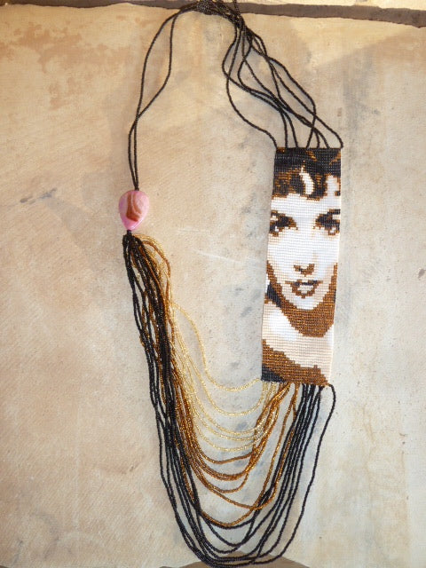 Elizabeth Taylor beaded necklace