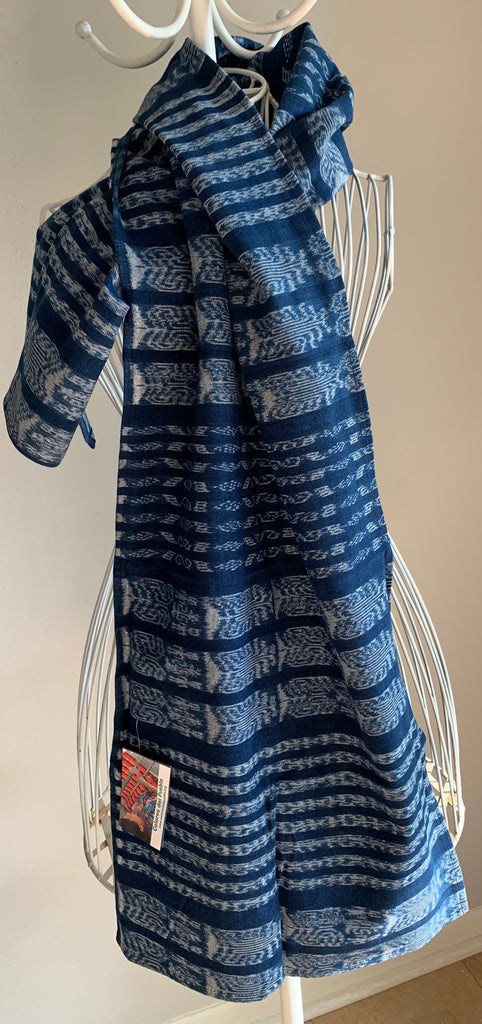 Ikat scarf made from hand-woven corte fabric #2
