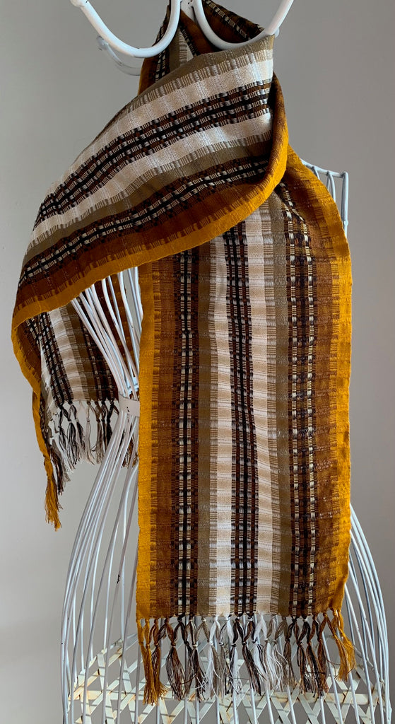 Light hand-woven cotton scarf