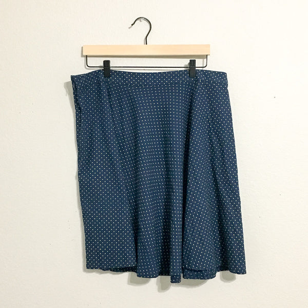 Mata Traders Skirt - XL