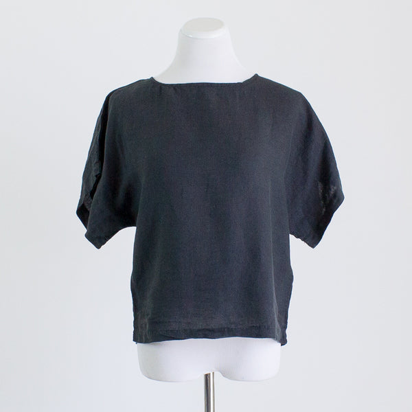 Black Crane Linen Box Top - XS