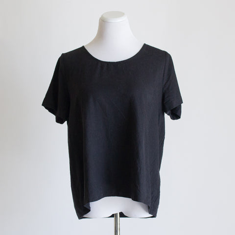 Jamie + The Jones Staple Basic Tee - Small