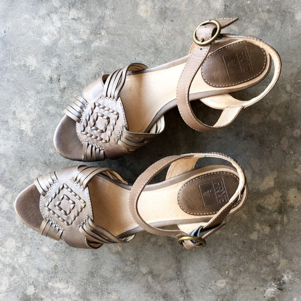Frye Carlie Huarache Wedge Sandals - 6.5 - slowre - 6
