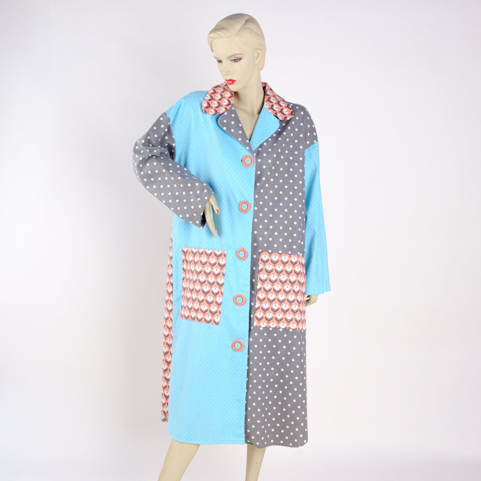 Subtle Colors Housecoat - Medium - Tessuti Zoo