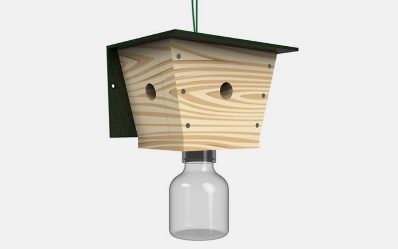 How Our Carpenter Bee Traps Work