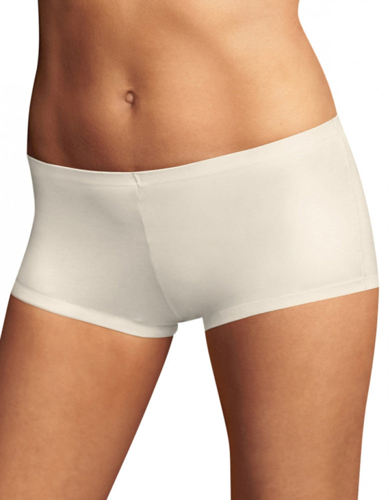 Ivory Front Maidenform Comfort Devotion Tailored Boyshort