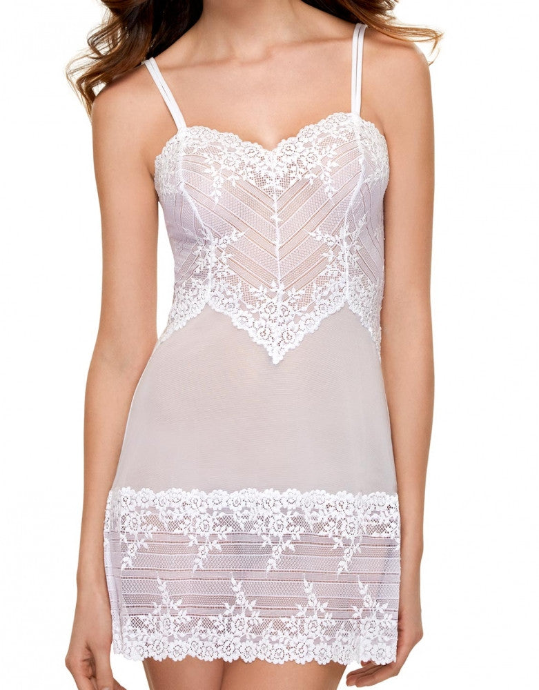 White Front Wacoal Embrace Lace Chemise