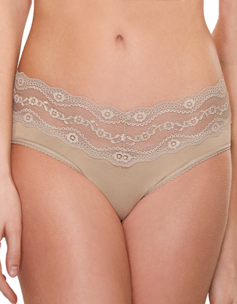 Au Natural Front b.tempt'd by Wacoal B.Adorable Lace Hipster