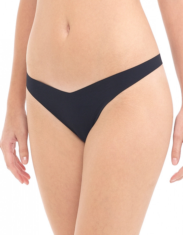Black Front Commando Classic Tiny Thong