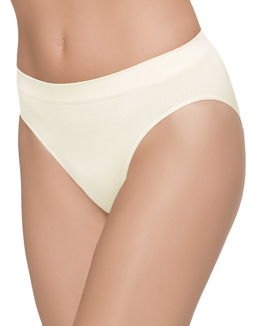Ivory Front Wacoal B-Smooth Seamless Hi-Cut Brief 834175