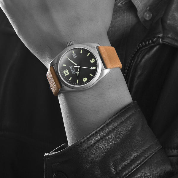 German Military Titanium Watch. GPW Fieldwatch Automatic. 200M W/R. Sapphire Crystal. Soft Brown Leatherstrap.