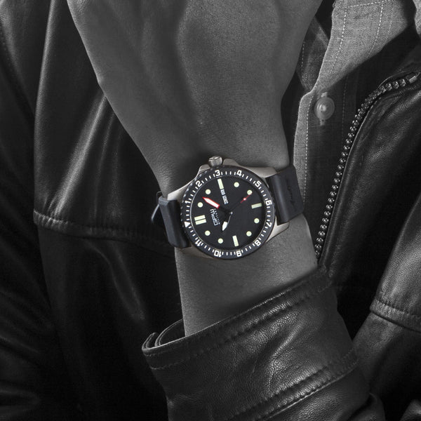 German Military Titanium Watch. GPW Day Date. Sapphire Crystal. Black Rubber Strap. 200M W/R