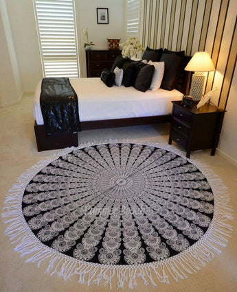 Round Mandala - Black & White Fan - M5