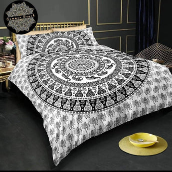 Black & White Elephant Bed Set