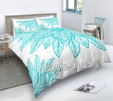 Petals - Teal and White Bed Set