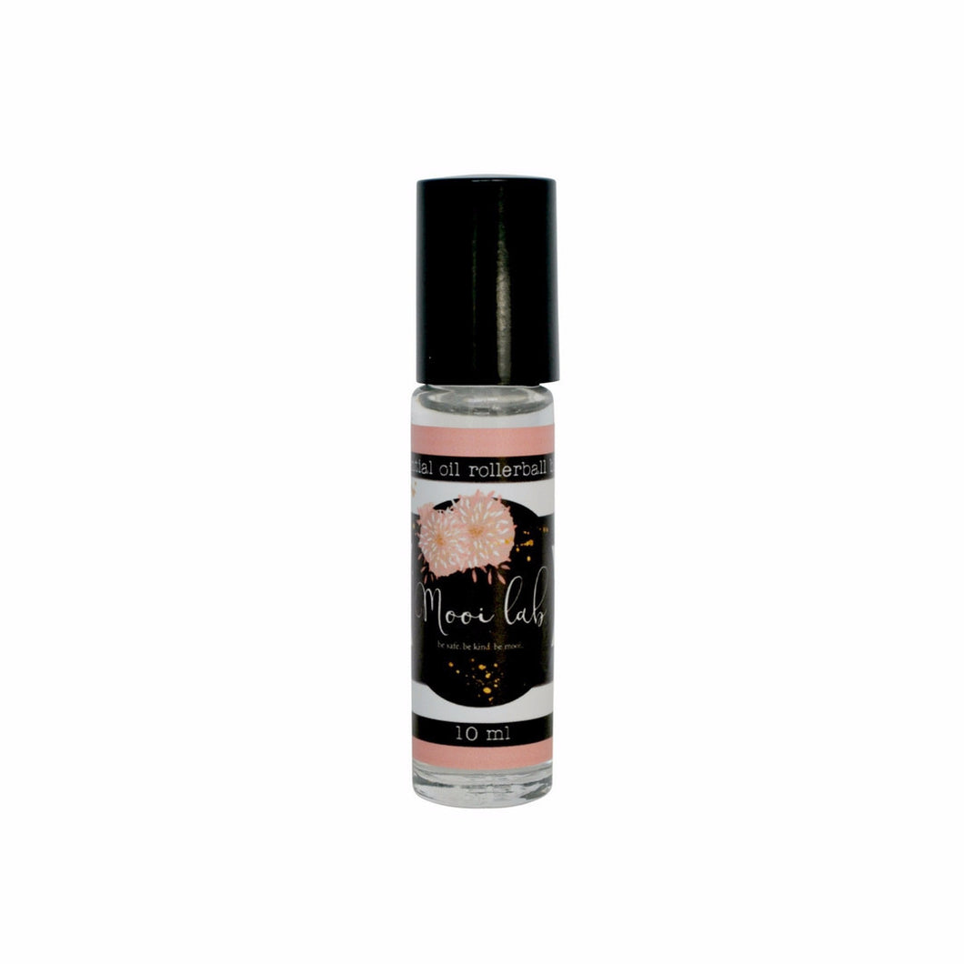 mooi goddess Essential Oil Rollerball Blend - mooi lab