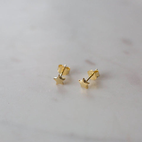 Twinkle Stud Earrings // Gold
