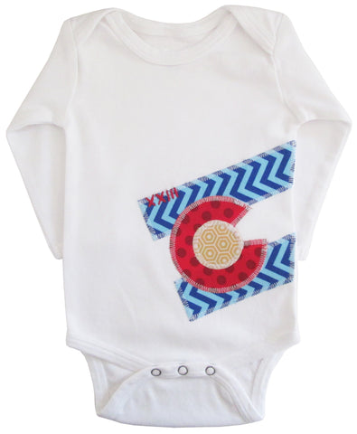 bodysuit : CO Flag chevron L wht