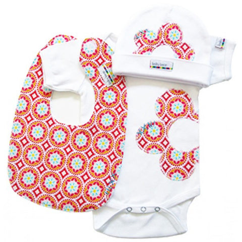 layette set : madhuri medallion