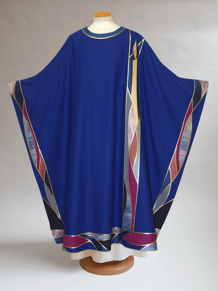 Advent Candle Chasuble with Curvilinear Peripheral Bands