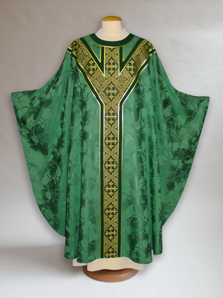 Bella Green Classic Y-Yoke Chasuble