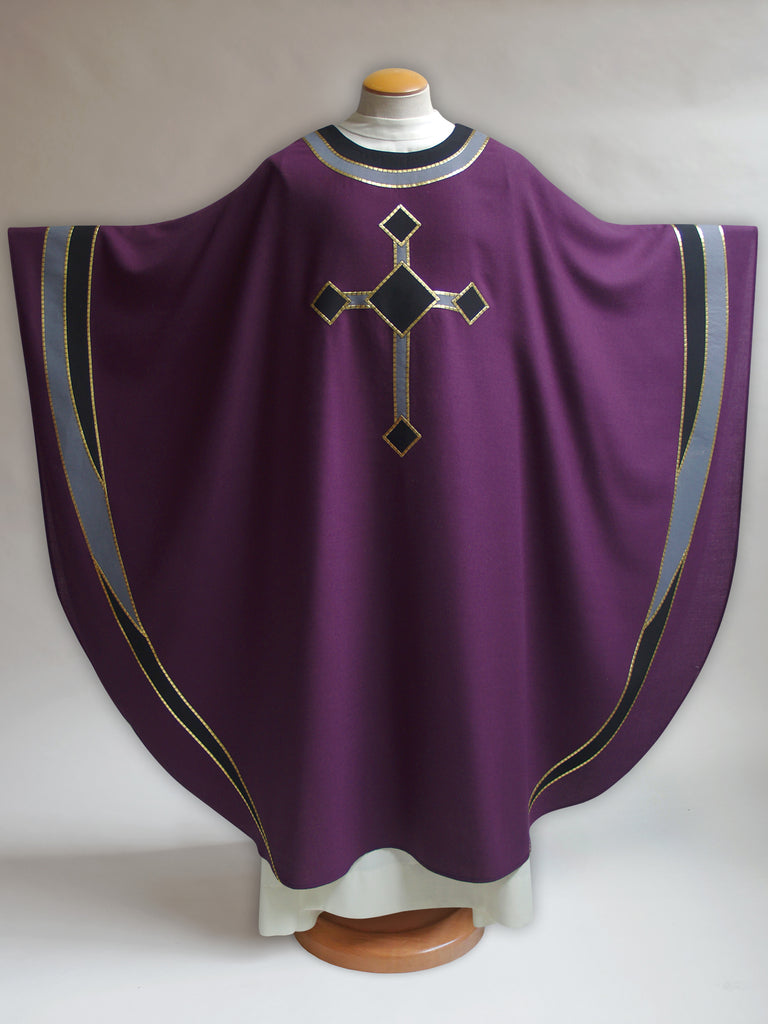 Curvilinear Cross Lent Chasuble