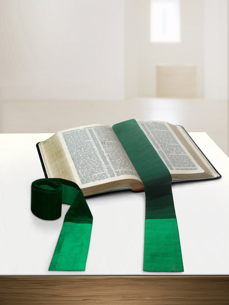 Green Silk Sample <br> Bible markers
