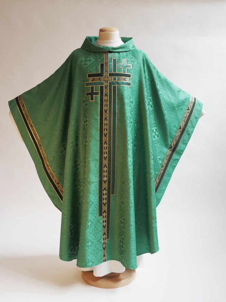 green ordinary time vestment with cross