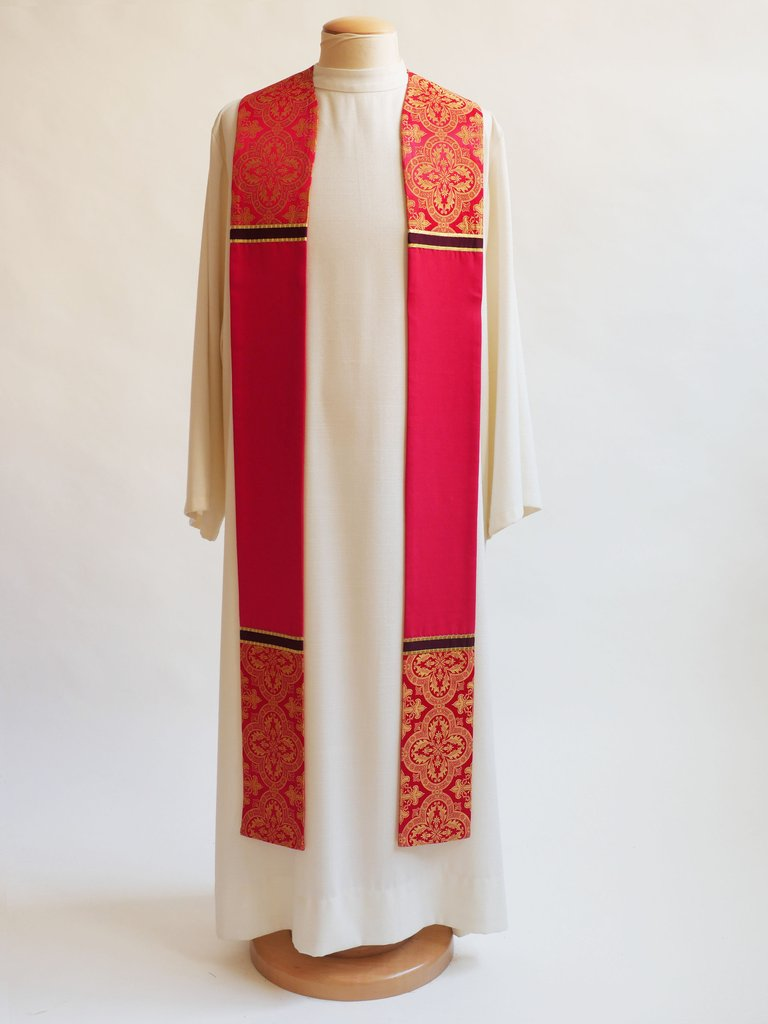 Classic Brocade Red Sample Stole