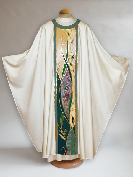 Foliage White Chasuble