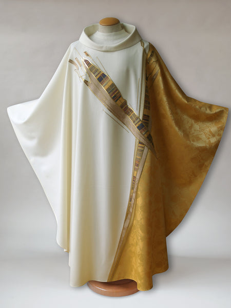 Paintbrush Cross White & Gold Chasuble
