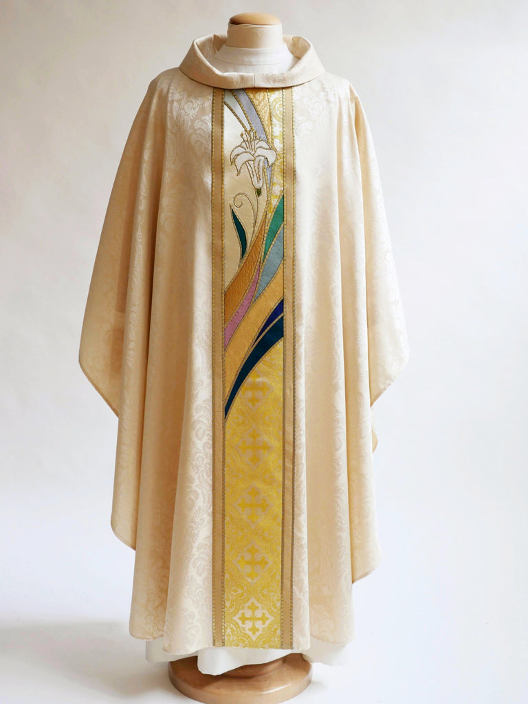 Simplified Lily Chasuble