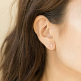 Load image into Gallery viewer, Pave Star Studs - 10k Solid Gold