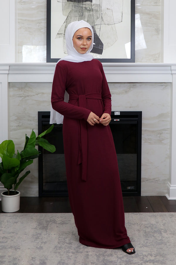 Sheath Ribbed Maxi Dress - Maroon