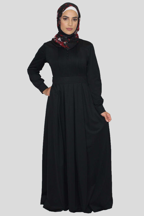 Plain Black Pleated Maxi Dress