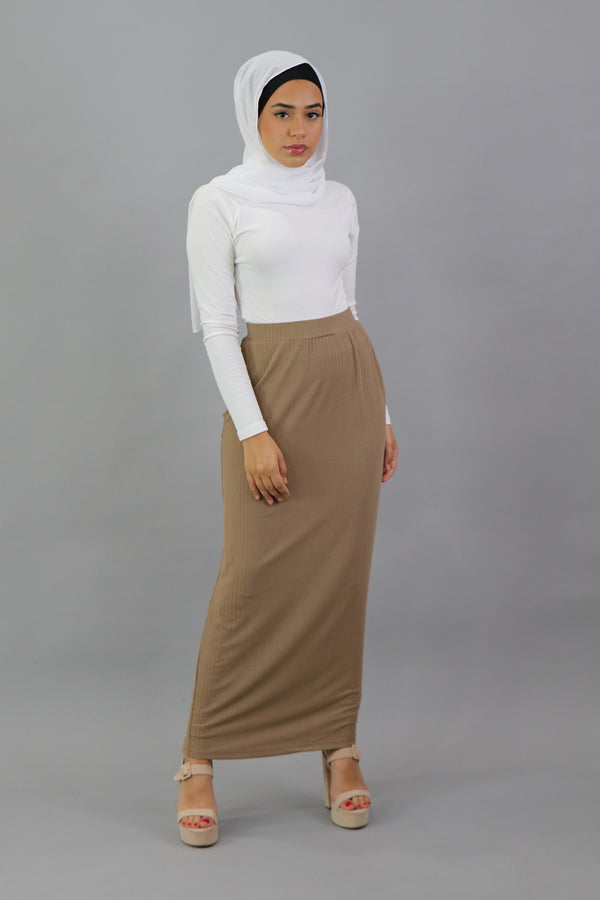 Luxe Ribbed Maxi Skirt - Sand