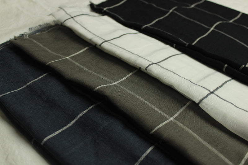 Black/White Grid Cotton Scarf (11409229646)