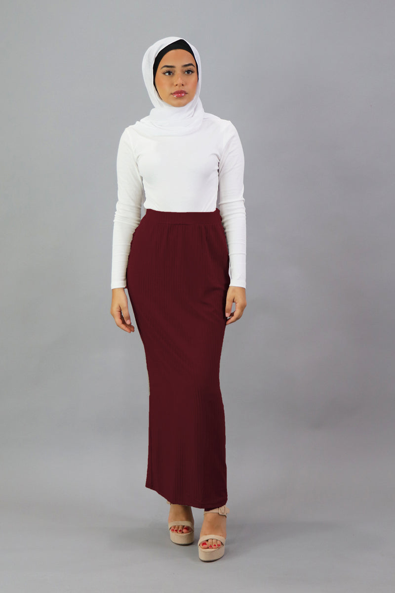 Luxe Ribbed Maxi Skirt - Maroon