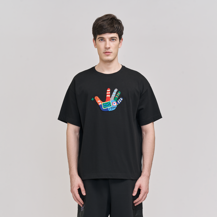 Lucca Embroidered Dove SS T-Shirt (Black)