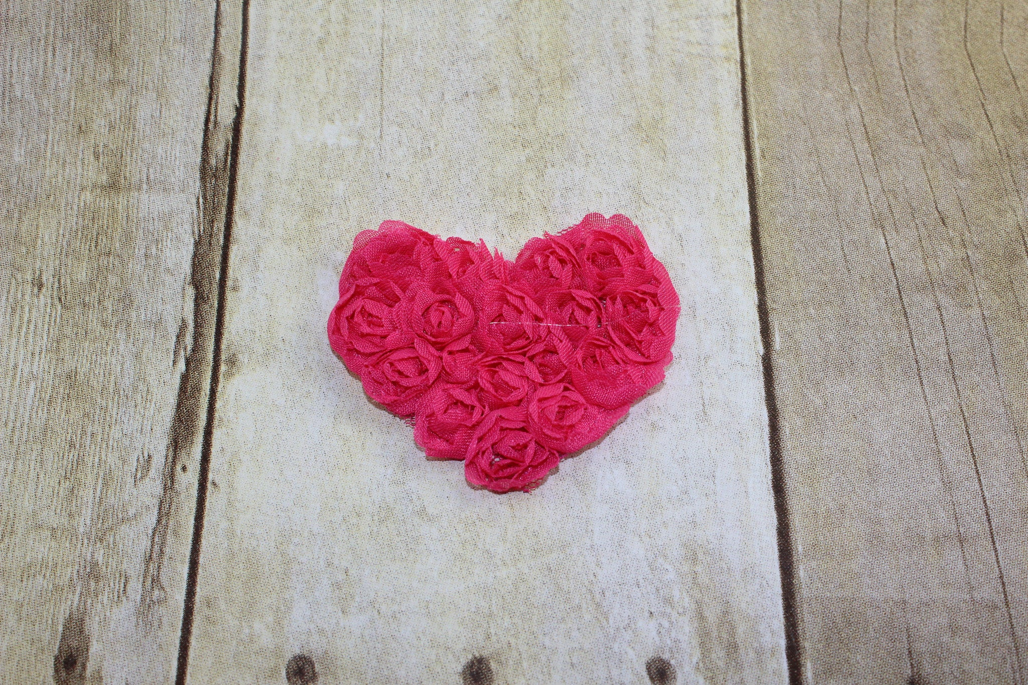 Small Shabby Heart - Hot Pink - shabbyflowers.com