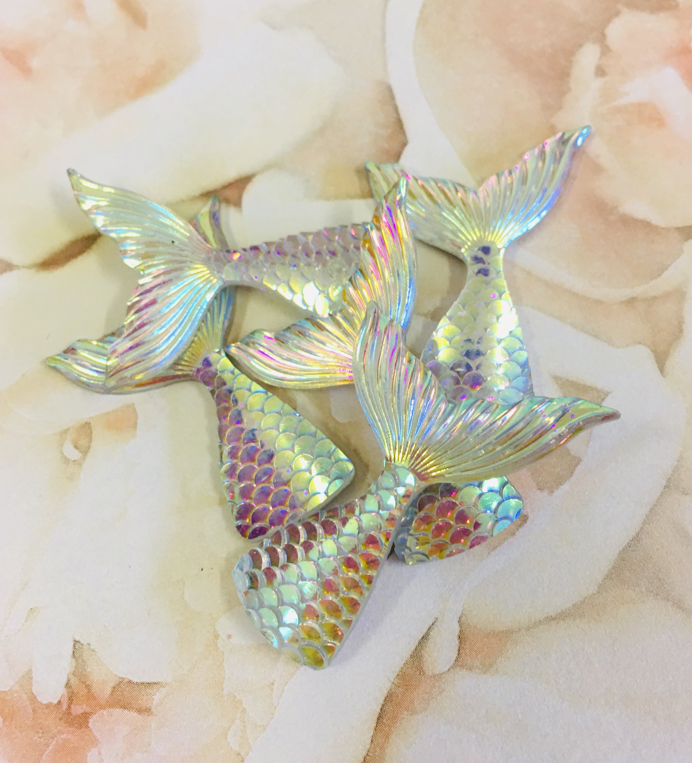 Mermaid Tail - Metallic Pale Pink/White - shabbyflowers.com