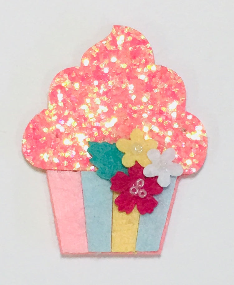 Cupcake Glitter Applique - shabbyflowers.com