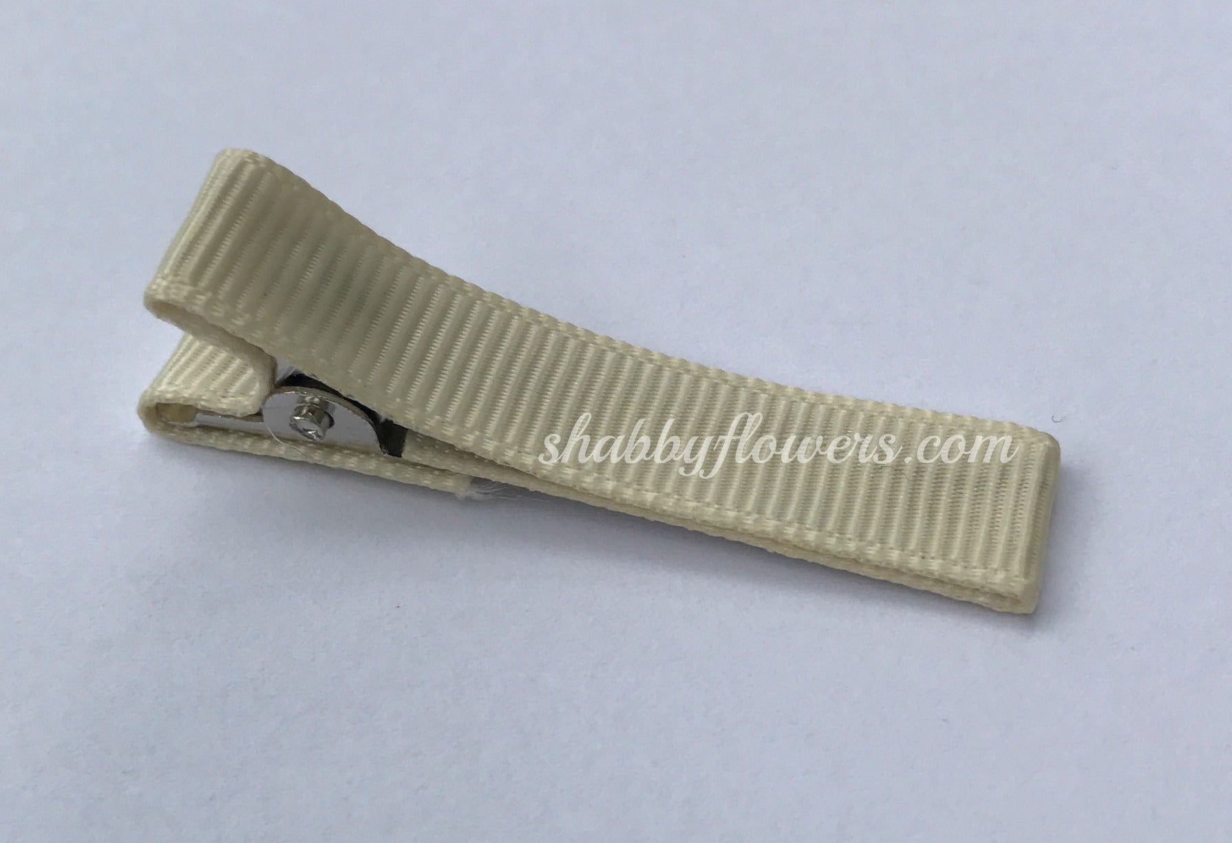 Lined Clip in Ivory - shabbyflowers.com