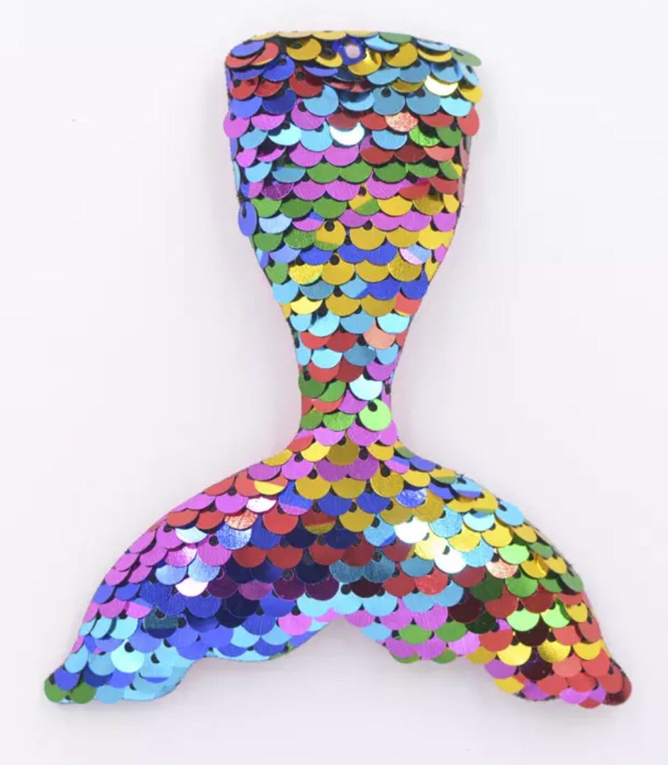 Large Reversible Sequin Padded Mermaid Tail - Multicolor