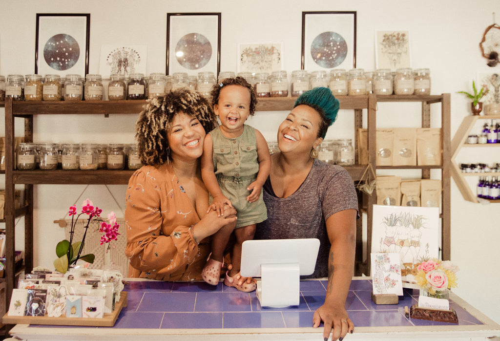Trust, Love, & Partnership: The Ladies Behind Pura Luna Apothecary