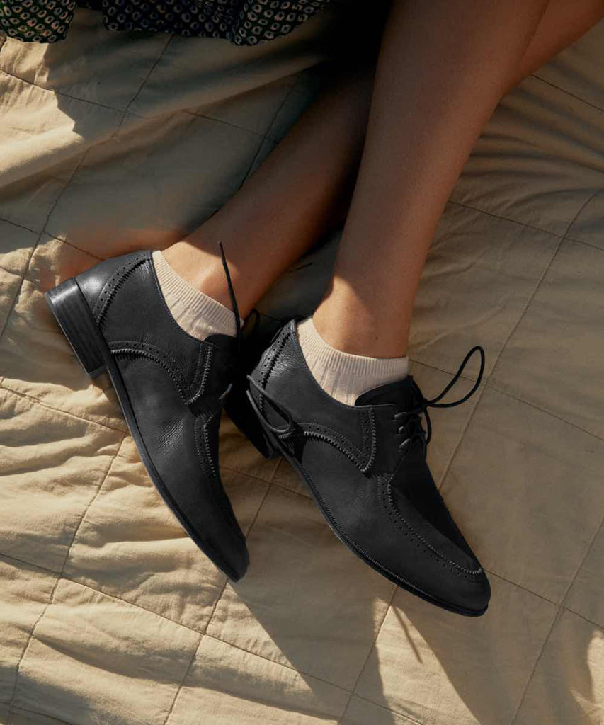 The Agnes Oxford | Noir Leather