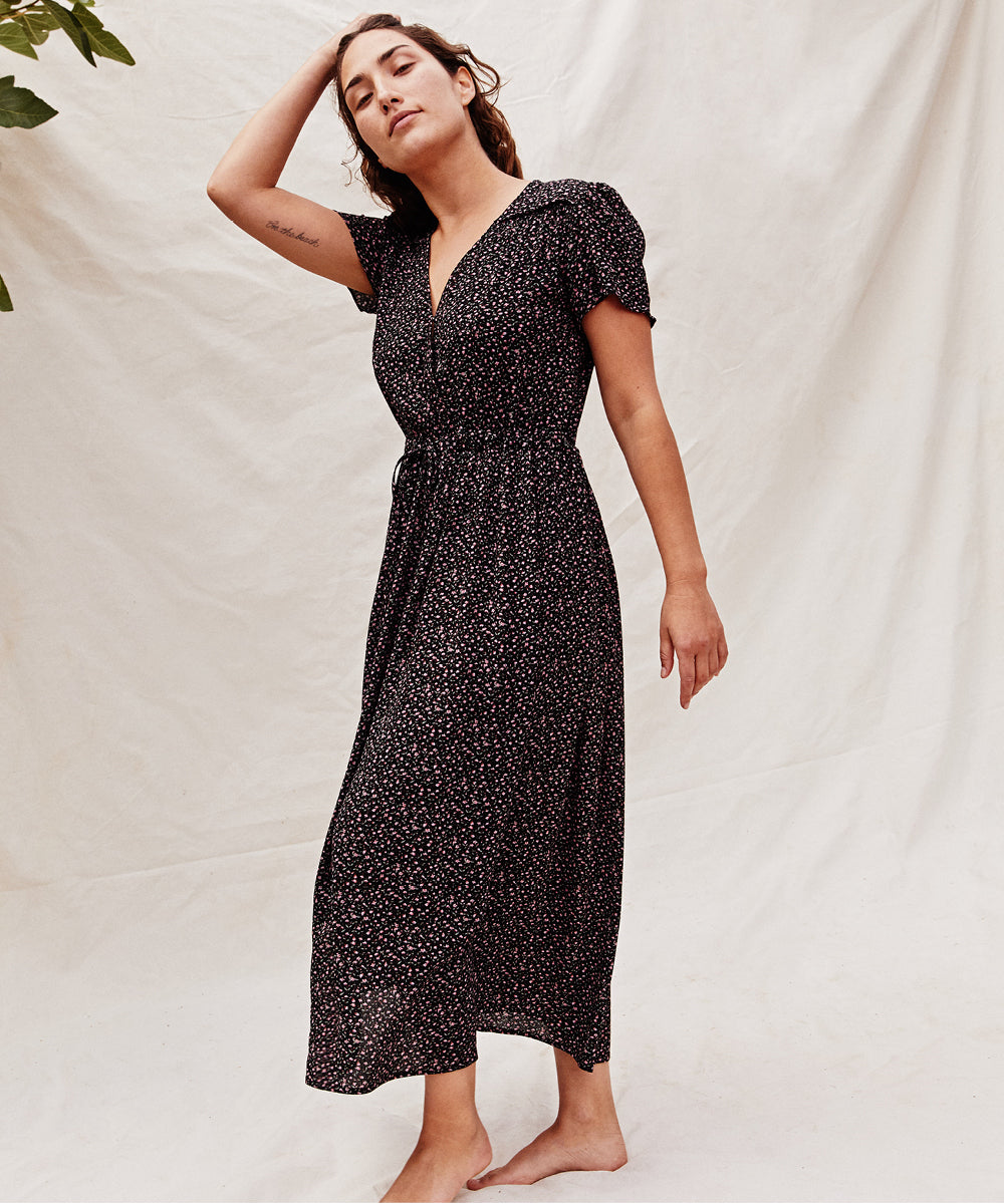 The Dawn Dress Petites | Noir Ditsy